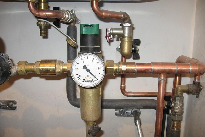 Как понизить давление воды в водопроводе своими руками